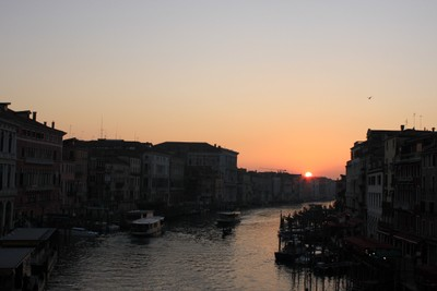 Venice guide - sunset on the Grand canal