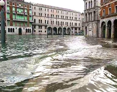 Venice weather - high water