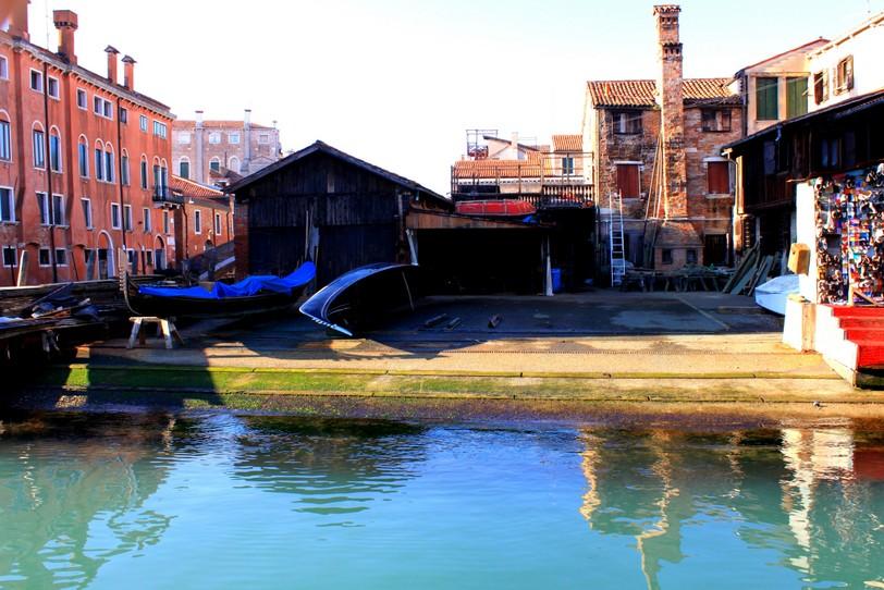 Giro in gondola gondola traghetto venezia for Fondaco significato